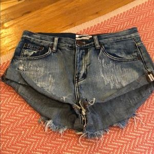 One Teaspoon Distressed Jean Shorts 26